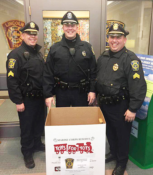 Police Toys For Tots 2017 : Opportunities abound for donating to help kids